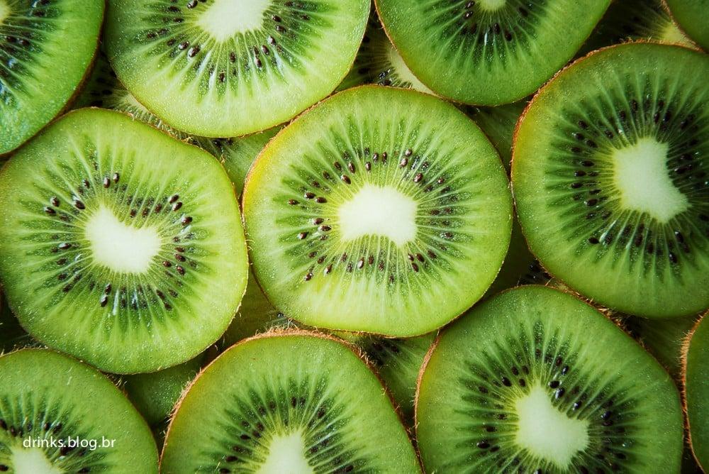 Fresh kiwi slices background